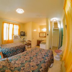 Indies Hotel комната для гостей