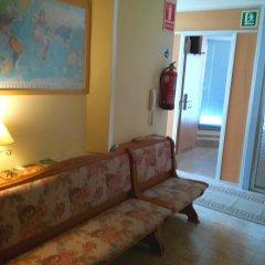 Отель Hostal Sant Sadurní комната для гостей фото 2