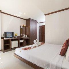 Отель Patong Buri 3* Стандартный номер с двуспальной кроватью фото 20