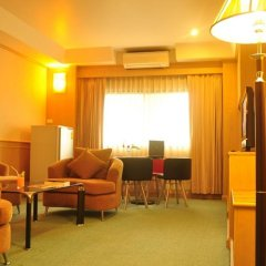 Отель Dream Town Pratunam 2* Люкс