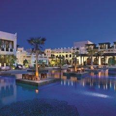 Отель Sharq Village & Spa 5* Стандартный номер с различными типами кроватей фото 12