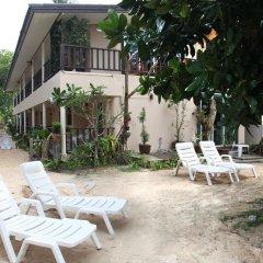 Отель Naiyang Seaview Place бассейн