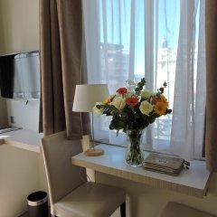 Отель Regina удобства в номере фото 2