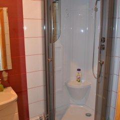 Мини-отель Привал Стандартный номер с 2 отдельными кроватями (общая ванная комната) фото 6