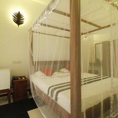 Отель Rockery Villa Шри-Ланка, Бентота - отзывы, цены и фото номеров - забронировать отель Rockery Villa онлайн комната для гостей фото 4