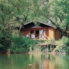 Отель York Lakeside Lodges