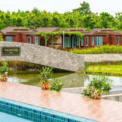 Отель Prew Lom Chom Nam бассейн фото 3