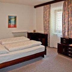 Отель Gasthof Zum Weissen Rossl Сарентино комната для гостей