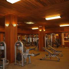 Отель The Springs Resort and Spa at Arenal фитнесс-зал