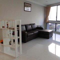 Отель President Park - Ebony Towers - unit 11A Бангкок комната для гостей фото 2