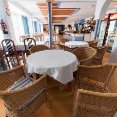 Отель Apartamentos Lux Mar Испания, Ивиса - отзывы, цены и фото номеров - забронировать отель Apartamentos Lux Mar онлайн питание