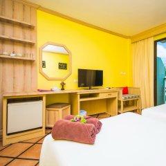 Phuket Island View Hotel 3* Стандартный номер с двуспальной кроватью фото 4