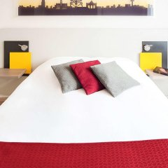 Отель Ibis Styles Brussels Centre Stephanie 3* Стандартный номер фото 3