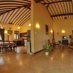 Отель Lake View Bungalow Yala 3* Шале с различными типами кроватей фото 7
