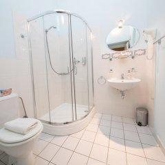 Отель Loreta Чехия, Прага - отзывы, цены и фото номеров - забронировать отель Loreta онлайн ванная