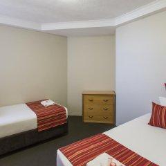 Отель Novotel Surfers Paradise 4* Стандартный семейный номер с двуспальной кроватью фото 3