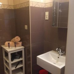 Отель Brussels Roi Baudouin Apartment Бельгия, Брюссель - отзывы, цены и фото номеров - забронировать отель Brussels Roi Baudouin Apartment онлайн ванная