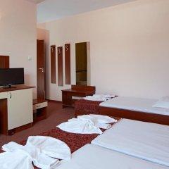 Отель Guesthouse Kirov Стандартный номер фото 19