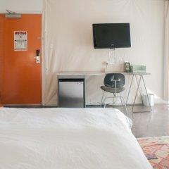 Ace Hotel and Swim Club 3* Стандартный номер с различными типами кроватей фото 20