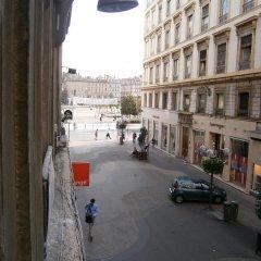 Отель Appartements Bellecour - Lyon Cocoon Франция, Лион - отзывы, цены и фото номеров - забронировать отель Appartements Bellecour - Lyon Cocoon онлайн балкон