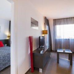 Отель Migjorn Ibiza Suites & Spa 4* Люкс с различными типами кроватей фото 11