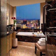 Trump International Hotel Las Vegas 5* Улучшенный номер с различными типами кроватей фото 3