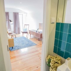 Отель Traveling To Lisbon Alfama Apartments Португалия, Лиссабон - отзывы, цены и фото номеров - забронировать отель Traveling To Lisbon Alfama Apartments онлайн ванная фото 2