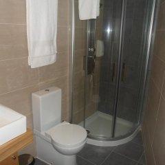 Отель Vistadouro 2 Португалия, Пезу-да-Регуа - отзывы, цены и фото номеров - забронировать отель Vistadouro 2 онлайн ванная фото 2
