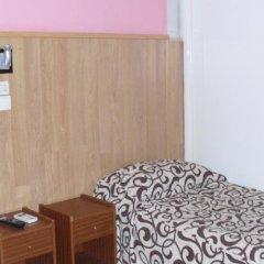Отель Hostal Daniel Мадрид удобства в номере