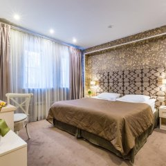 Гостиница Де Пари 4* Улучшенный номер с двуспальной кроватью фото 5