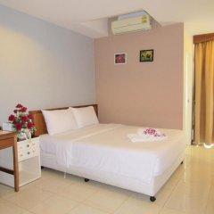 Отель JL Bangkok 3* Улучшенный номер с различными типами кроватей фото 10