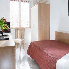 Hotel Bellerofonte Римини комната для гостей