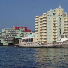 Отель Interhotel Pomorie Болгария, Поморие - 2 отзыва об отеле, цены и фото номеров - забронировать отель Interhotel Pomorie онлайн пляж фото 2