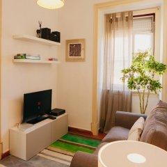 Отель Traveling To Lisbon Alfama Apartments Португалия, Лиссабон - отзывы, цены и фото номеров - забронировать отель Traveling To Lisbon Alfama Apartments онлайн комната для гостей фото 2