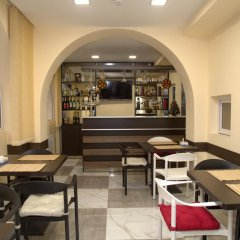 Отель Palma Palace Hotel Армения, Ереван - отзывы, цены и фото номеров - забронировать отель Palma Palace Hotel онлайн гостиничный бар