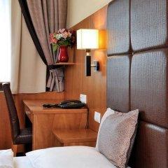 Carlton Hotel Budapest 4* Стандартный номер с различными типами кроватей фото 7