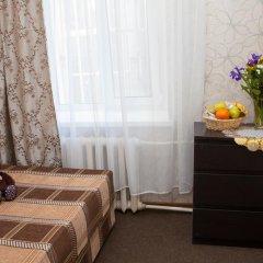 Marusya House Hostel Стандартный номер с двуспальной кроватью (общая ванная комната) фото 4