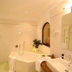 Отель Landsitz Stroblhof Тироло ванная фото 2
