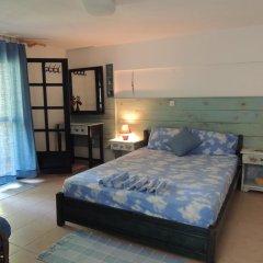 Отель Kalamitsi Studios комната для гостей фото 2