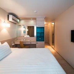 Гостиница Театральная Стандартный номер с двуспальной кроватью фото 2