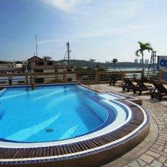 AA Hotel Pattaya бассейн