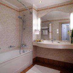 Гостиница Марриотт Москва Гранд 5* Номер Делюкс с различными типами кроватей фото 5