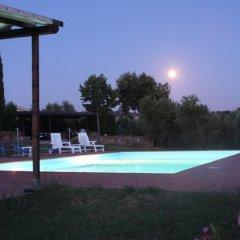 Отель Vigna Lontana Монтескудаио бассейн фото 2