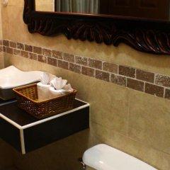 Hotel Real Camino Lenca ванная фото 2