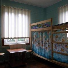 Hostel Favorit Кровать в общем номере с двухъярусной кроватью фото 4