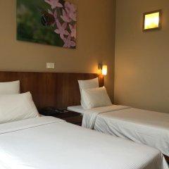 Отель Siloso Beach Resort, Sentosa 3* Улучшенный номер с различными типами кроватей