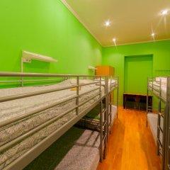 Отель Жилое помещение Bear на Смоленской Кровать в общем номере фото 3