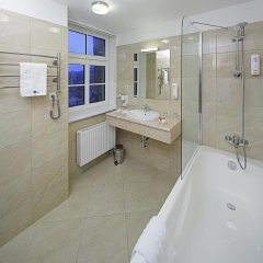 Rixwell Gertrude Hotel 4* Стандартный семейный номер с двуспальной кроватью фото 10