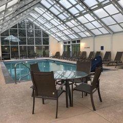 Отель Best Western Plus Waterbury - Stowe бассейн фото 3