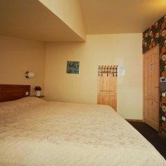 Отель Sleep In BnB 3* Стандартный номер с двуспальной кроватью (общая ванная комната) фото 3